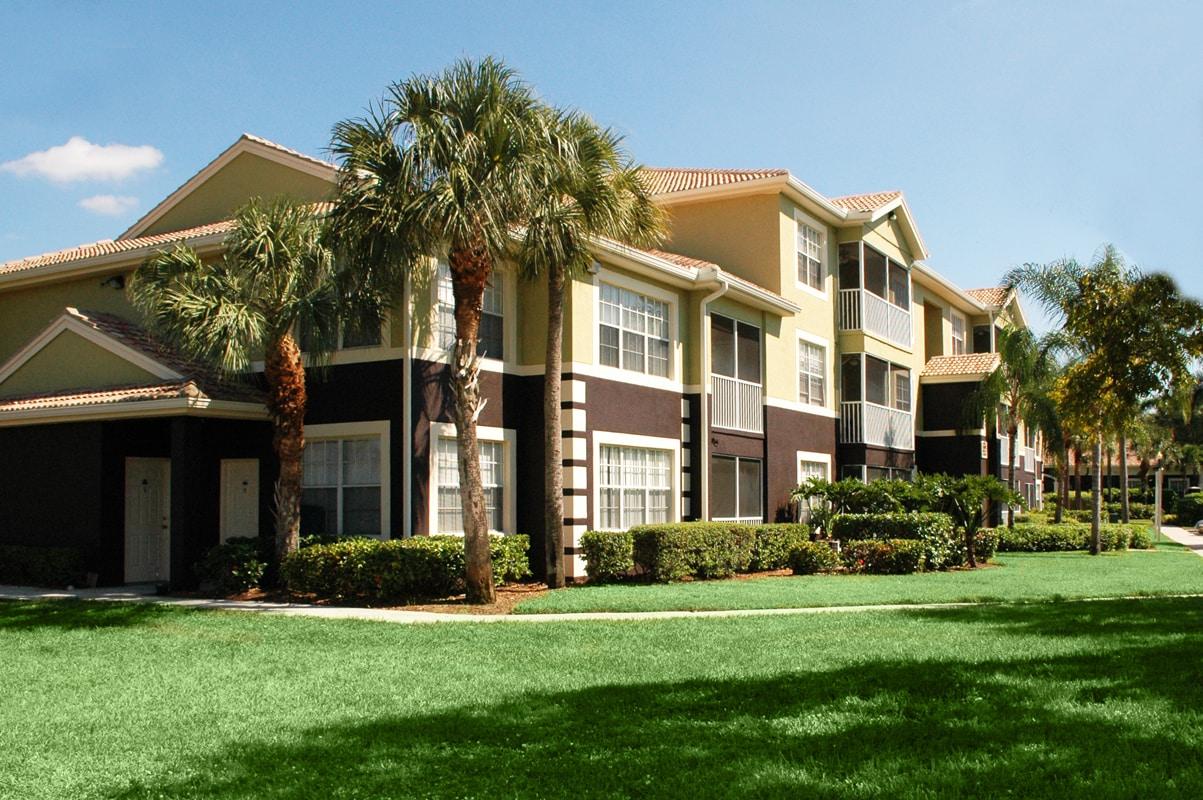 Ashlar Apartment Homes - Fort Myers, FL 33907.